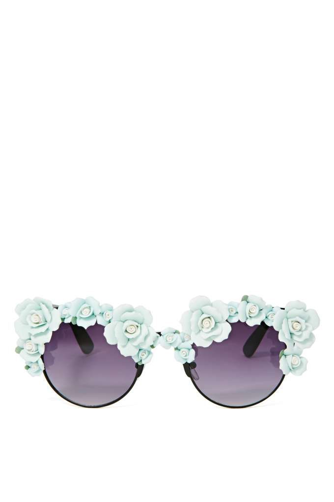 Get these awesome floral sunnies for Coachella this weekend!
