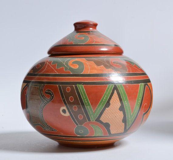 Vintage Nicaragua Pottery Covered Jar by Paula Gutierrez, San Juan de Onente, Masaya