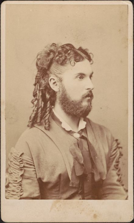 19th Century Photo Types: A Breakdown to Help You Date Old Family Pictures    CDV Vintage Portrait