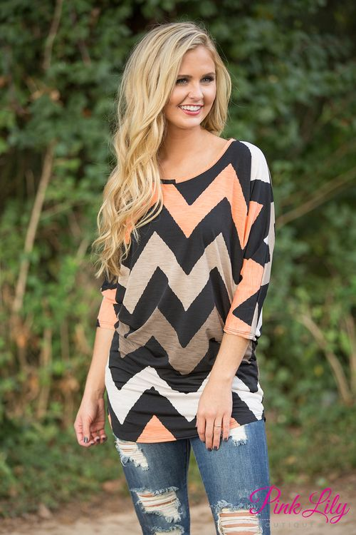 This bestselling tunic from last year is back! Make sure and grab it quickly before it sells out! Break away from the ordinary and look fabulous in this gorgeous tunic!