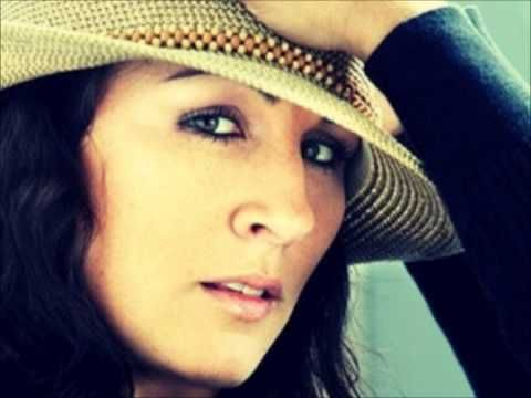 Bec Lavelle - Just a Child ( McLeod's Töchter, Vol. 1 ) - YouTube