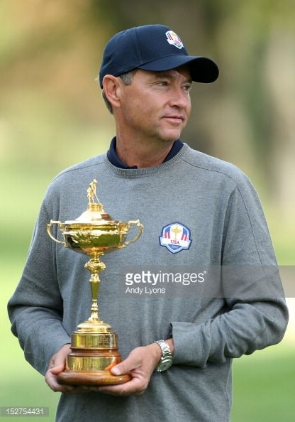 davis love iii | Team captain Davis Love III poses for an official photograph with the Ryder Cup.