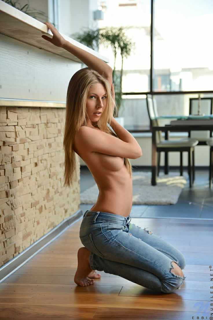 sexy nude girls in jeans