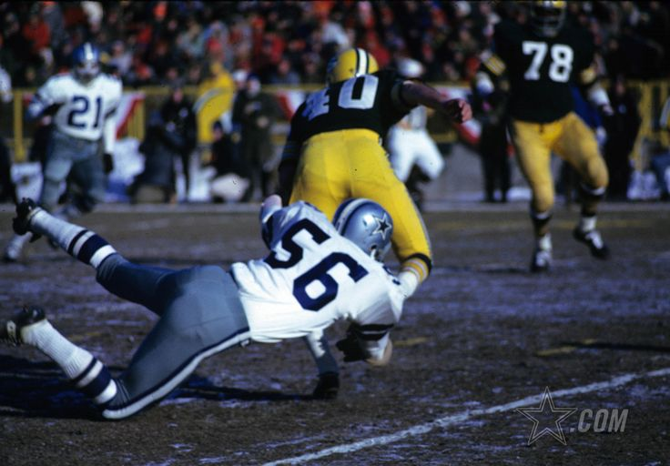 """A look back at the 1967 NFL Championship Game, otherwise known as the """"Ice Bowl"""", between the Green Bay Packers and Dallas Cowboys. Game time temperature was 13 degrees below zero. (Photo credit: AP)"""