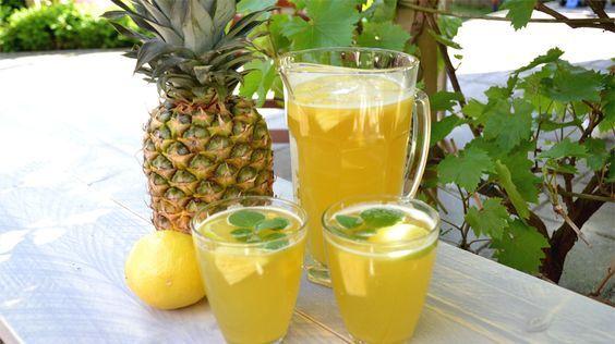Ananas Ijsthee met munt en citroen kun je zelf heel gemakkelijk maken. Deze…