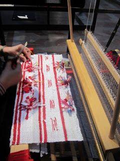 Weaving with the traditional Swedish rug rag technique, 'slarvtjäll'.
