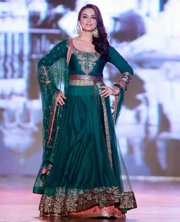 Want You Go green with Preity..?   #PreityZinta, #BeTraditional, #CelebStyle, #BollywoodActress