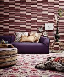 Voor decoratieve paarse muren