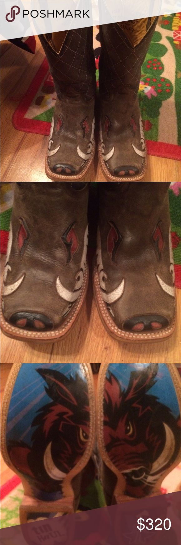 Tin haul boots like new!! Tin haul boots. Like new worn only a hand full of times. Put the boots together and the sole makes a picture of a bull. Bull face on nose of boots. Unique boots that you are guaranteed to get lots of compliments in!! Tin haul  Shoes Cowboy & Western Boots
