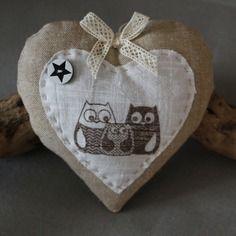 """Coeur en tissu a suspendre """"collection chouette""""                                                                                                                                                                                 Plus"""