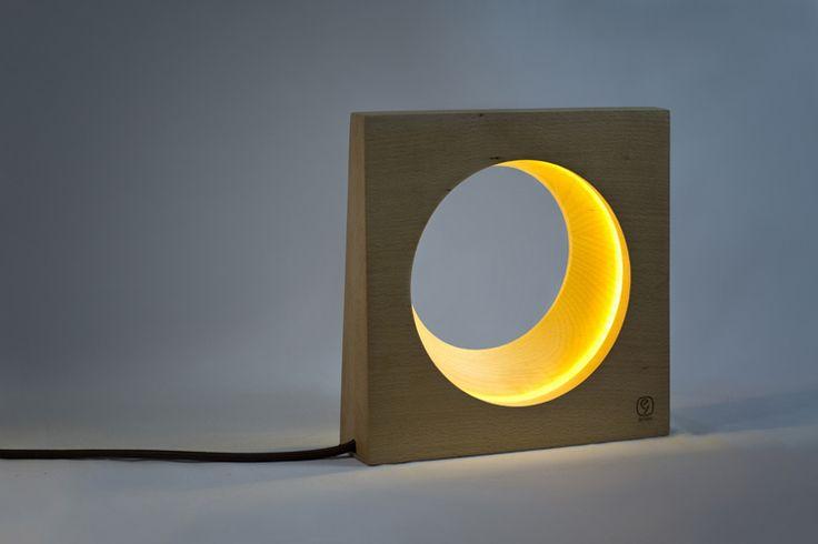The half-moon lamp