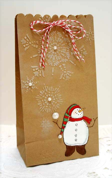 Gift Bag - I wonder if you could make puffy salt paint snowflakes work on bags? Will have to try it.