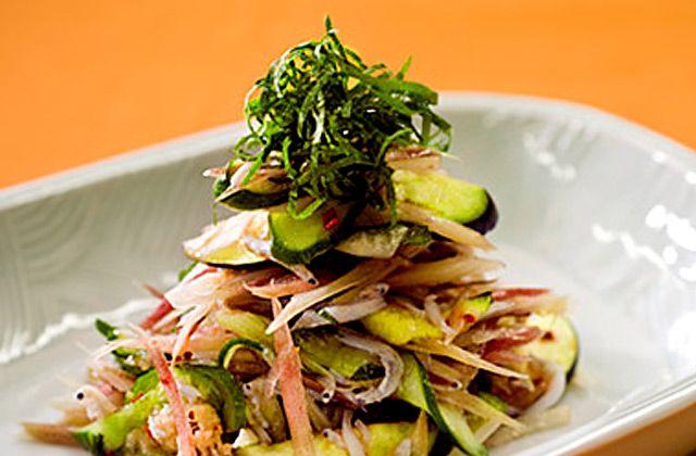 みょうがとしょうが、きゅうり、シラスのサラダ|ぜんぶ生姜、ぜんぶ動画 生姜レシピ129+43