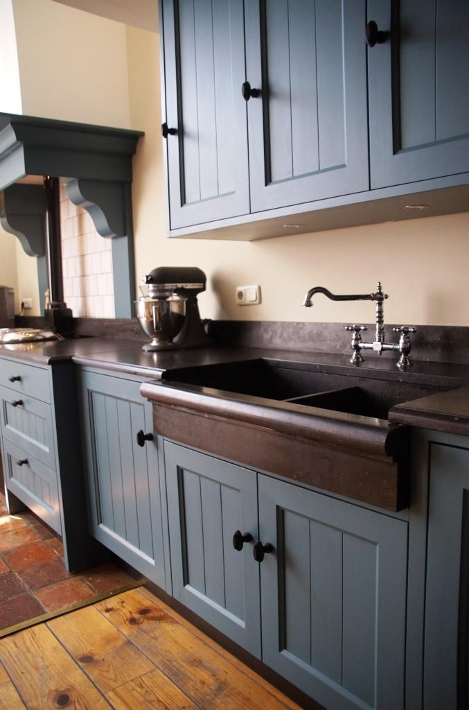 Top Of Cabinets Decor Kitchen is utterly important for your ...