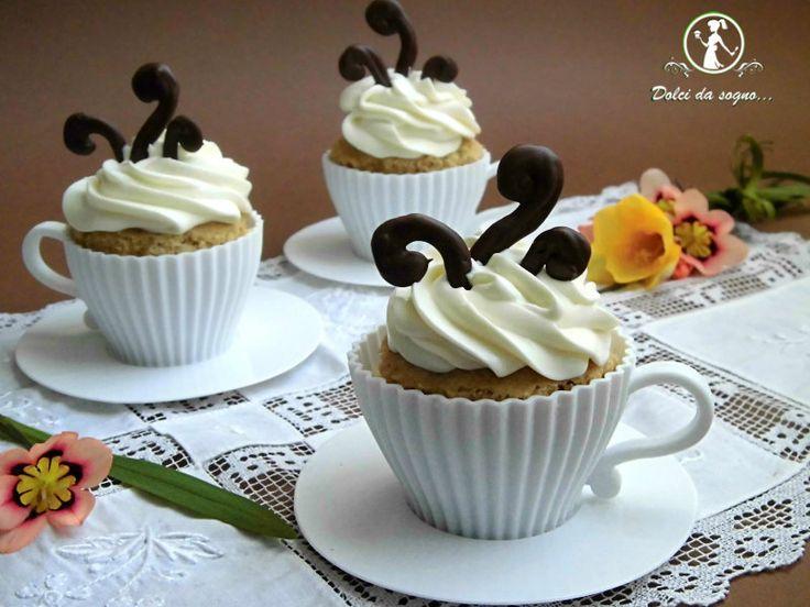Cupcake al caffè in tazza