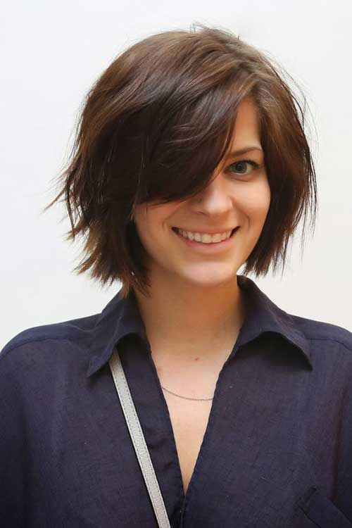 15 Really Cute Short Haircuts All Ladies Should See: #12. Cute Bob with Side Bangs