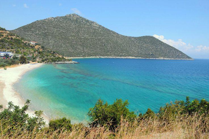 Tyros beach