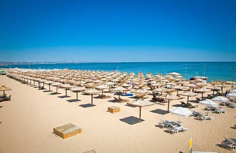 LIKE and SHARE if you will miss the golden sandy beaches!  #goldensands #summer #beach