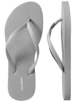 light gray flip flops i LOVE LOVE LOVE old navy sandals there the ONLY ONLY flip flips i buy ones i buy