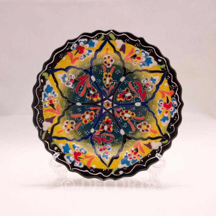 Small Plate - Black & Yellow - DECORIA HOME & GIFT