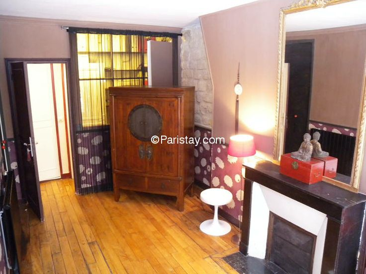 2 bedroom apartment long term rental Paris Le Marais 75003 Paris