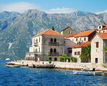Montenegro, yo. #jettsettercurator