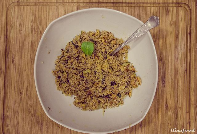Quinoa con verduras asadas y nueces   llinxfood
