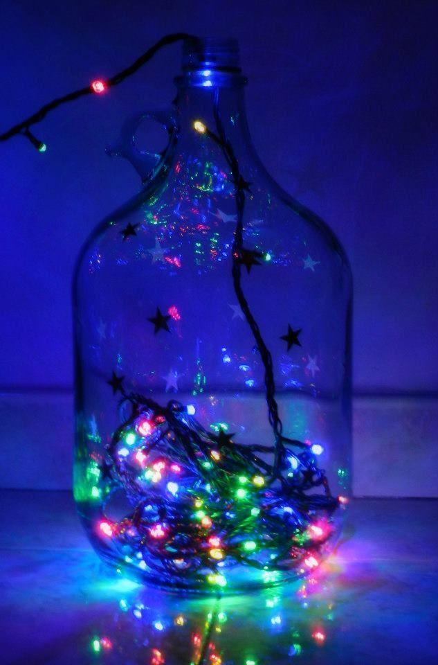 Christmas Lamp  Lampada natalizia realizzata con bottiglione di vino e luci a led colorate