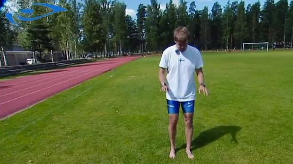 Elixir.fin juoksukoulu: Jalkateräjumppa. How to train your feet for running.