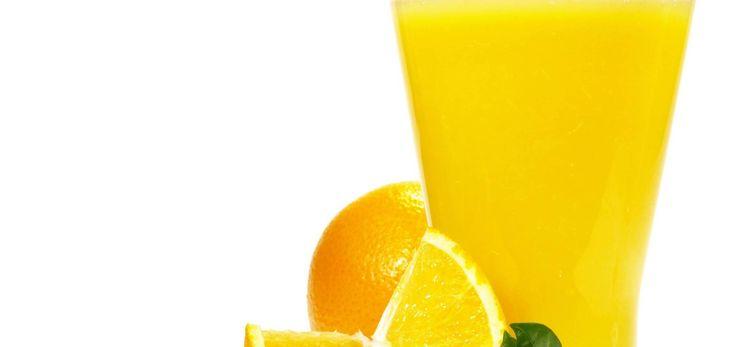 Hilft dir bei: Durchfall, Erbrechen Kater  Du brauchst: 1 l abgekochtes Wasser 150 ml Orangensaft 4 EL Traubenzucker 1 TL Kaiser Natron/Backpulver 1 TL Salz  Und so geht's: Du vermischst alle Zutaten...