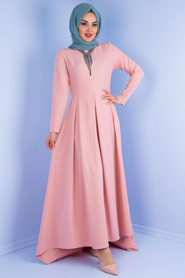 4230e47eee4e6 Pileli Tesettür Kuyruklu Elbise Modelleri | Tesettür | Elbise modelleri