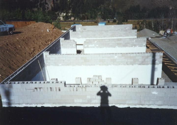 11 best insulated house foundations images on pinterest for Cinder block vs concrete foundation