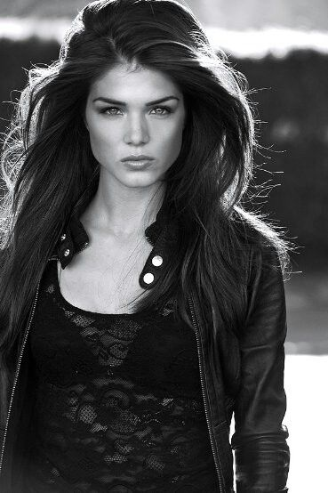 Marie Avgeropoulos is seriously a freaking great actress!!