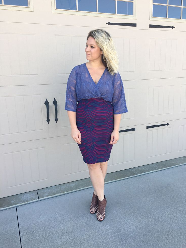 Pair your LuLaRoe Lindsay Kimono and LuLaRoe Cassie skirt together. Tucking in your Lindsay gives you a whole new look. Shop with me on Facebook at LuLaRoe Whitney Waseity.