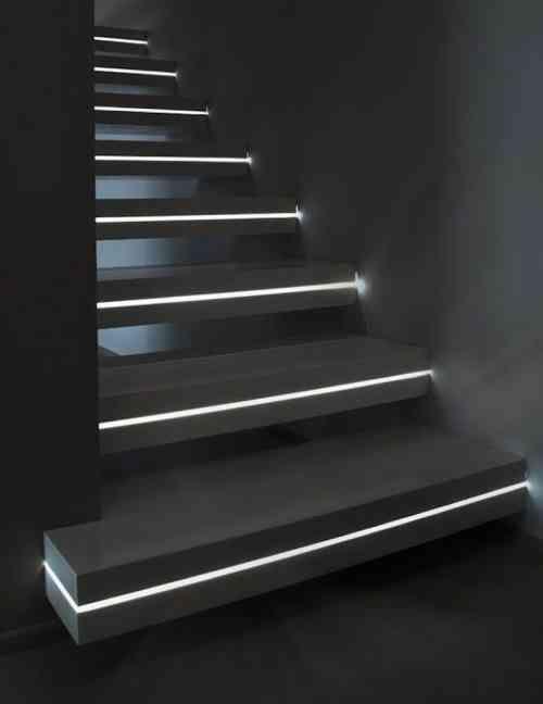 15 pingles clairage d 39 escalier incontournables l 39 clairage de l - Creation escalier interieur ...