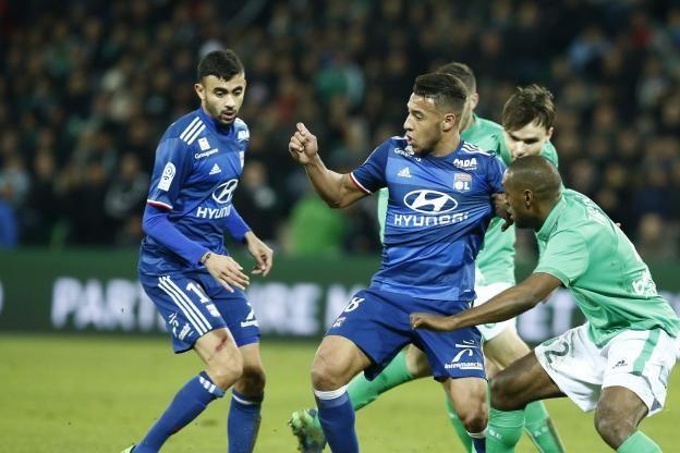 Le président de l'OL, Jean-Michel Aulas, a annoncé lundi que Rachid Ghezzal et Corentin Tolisso allaient être sanctionnés financièrement après leur expulsion lors du derby à Saint-Étienne (2-0)..