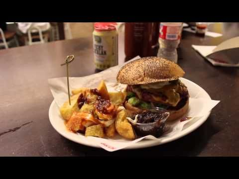 Terrible burger, although the place is very high ranked in many websites