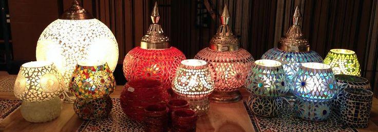 www.dePauwWonen.nl heeft ook handgemaakte tafellampen in haar collectie in vele kleuren, vormen, designs en afmetingen. Tags: #Turkse lamp, #Mozaiek lamp, #Turkse mozaiek lamp, #Arabische lamp, #Oosterse lamp, #Oriëntaalse lamp, #1001-nacht lamp, #Marokkaanse lamp, #Egyptische lamp, #Indiase lamp, #Filigrain lamp, #Gaatjes lamp, #Zenza lamp