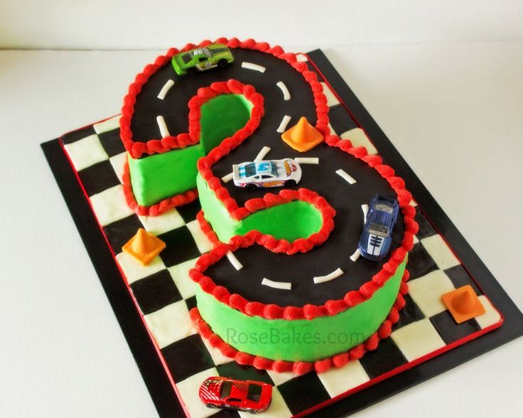 Busy Weekend: Calebs Birthday & Gravity-Defying Oreo Cake  Cars ...