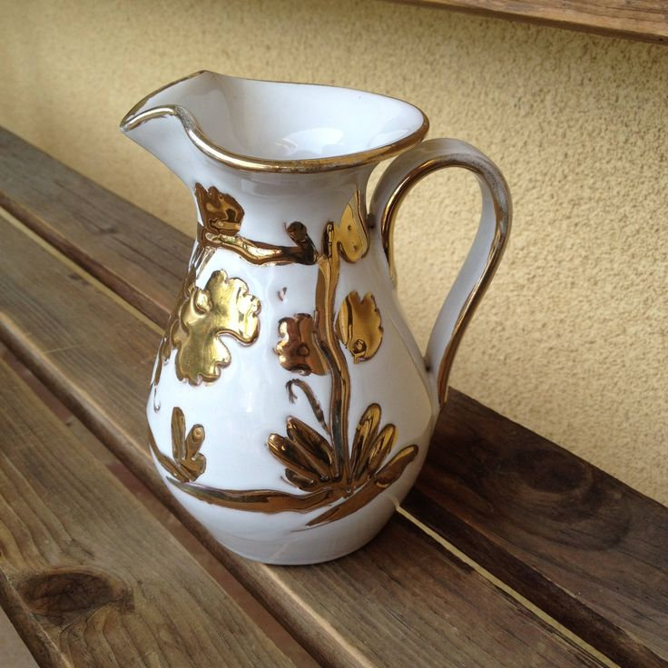 Italian pitcher, Italian Vase, ELBEE Art Pottery, Mediterranean Vase, Gold Vine Pitcher, White Gold Pitcher, Gold Vine Vase, Italian Pottery by WeFindVintage on Etsy