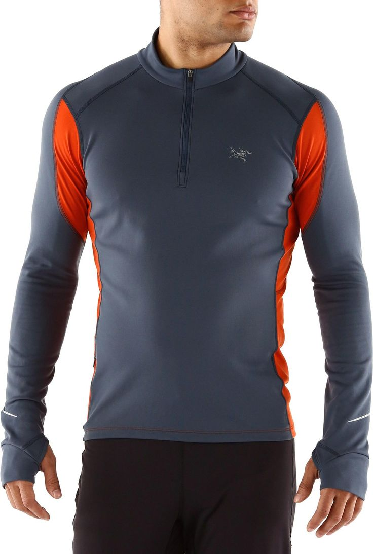 Designed for running on cold days, the Arc'teryx Phase Cyclic Zip top keeps your body at the perfect temperature.