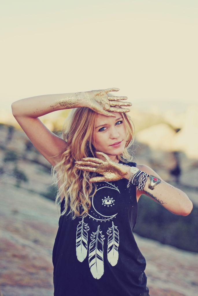 """MIDNIGHT MOON Tank featured in Wild and Free Jewelry """"It's Like Gold Dust"""" editorial"""