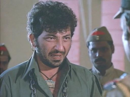 Yaad rakhunge tujhe, and it is hard to forget Gabbar Singh, oops sorry I mean Amjad Khan, but for long he was Gabbar Singh to me.