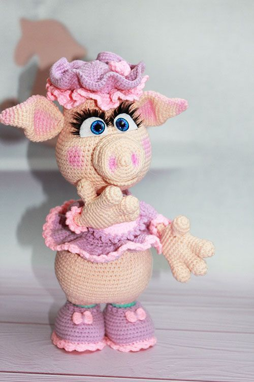 Crochet pig, pig doll, knitted toy pig, pig toy, pink pig toy, pig amigurumi, knitted pig, pig