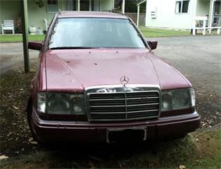 Mercedes-Benz 220 Wagon Maroon 1993 for Sale - Autotrader New Zealand