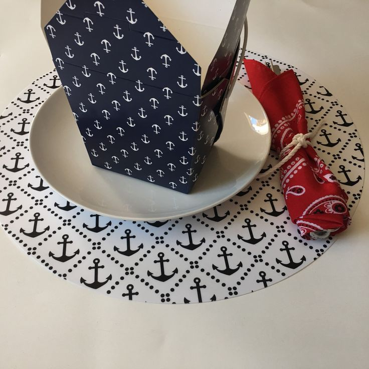 Round Nautical pattern placemats, great gift for Mother's Day
