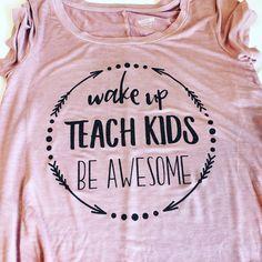 Awesome Teacher t-shirt, Teacher shirt, Best Teacher gift, Teacher Appreciate Day by RuntCakes on Etsy https://www.etsy.com/listing/510761587/awesome-teacher-t-shirt-teacher-shirt