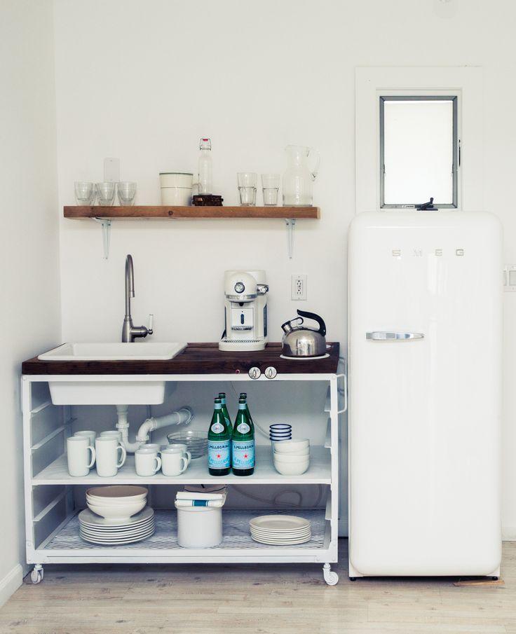 1000+ Ideas About All White Kitchen On Pinterest