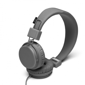 $70.00 PLUS DK GREY  Plattan Plus is a version of the Plattan headphone that features an Apple certified microphone and remote, with the additional functionality of volume control.Addition Functional, Urbanears Plattan, Plattan Dark, Builtin Headphones, Addition Features, Dark Grey, Dk Grey, Plattan Headphones, Grey Plattan
