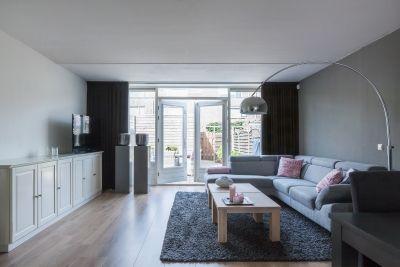 Moderne woonkamer mambostraat 114 purmerend hr - Deco moderne woonkamer ...